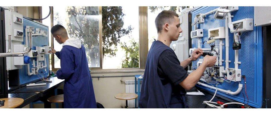 Formazione professionale. Tagli al sistema IeFP mettono a rischio offerta formativa e i posti di lavoro.